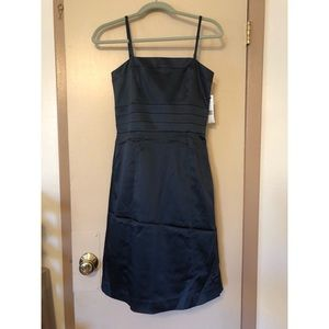 NWT Theory dark navy cocktail dress size 2